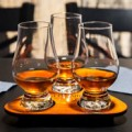 Чаши за алкохолни напитки