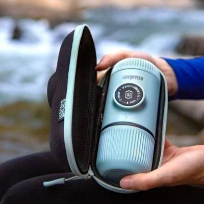 Wacaco - Nanopresso Arctic Blue + калъф - Преносима портативна машина за еспресо